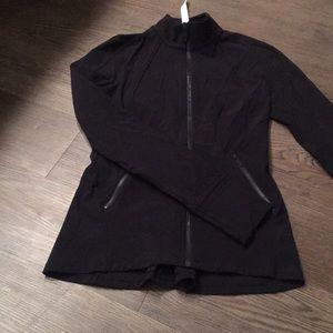 LULULEMON Define breathable jacket.